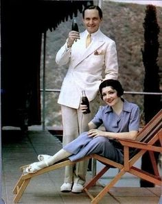 Fredric March & Claudette Colbert peddling Coca Cola.