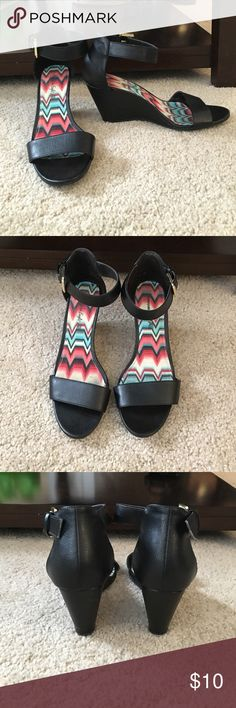 15b137ebf3 34 Best payless shoes images | Workout shoes, Loafers & slip ons ...