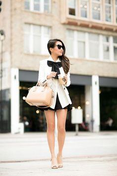 Basics :: Structured blazer & Nude Sandals