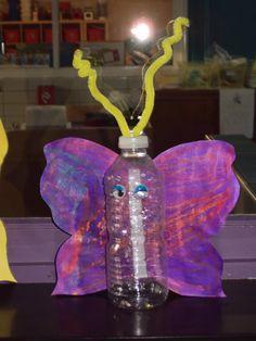 Vlinder knutselen met afvalmateriaal