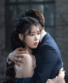 IU - Hotel De Luna Kdrama, Jin Goo, Second World, Anime Art Girl, Ulzzang Girl, Little Sisters, Korean Actors, Korean Drama, Baekhyun