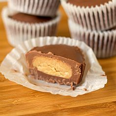 Homemade Peanut Butter Cups | Brown Eyed Baker Alternate Ingredient List: 2 cups milk chocolate chips 2 tablespoons shortening 3/4 cup chunky peanut butter 1 cup confectioners' sugar 1/4 cup light brown sugar 1/4 cup butter 2/3 cup graham cracker crumbs