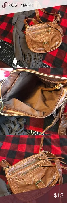 Brown scarf and brown purse New brown soft Old Navy scarf. Perfect for cold days. Used brown purse! Pretty good condition. Old Navy Bags Crossbody Bags