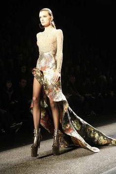 "Perilous Heelless Shoes - Nina Ricci Loves Killer 11"" Inch Stilts for Fall 2009"