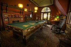 Mark Twain's Billard Room by Frank C. Grace (Trig Photography) - loosely credited as first US mancave