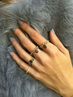 Ring me more Diy Jewelry Rings, Diy Crafts Jewelry, Bracelet Crafts, Beaded Rings, Beaded Jewelry, Jewelery, Beaded Bracelets, Jewelry Making, Handmade Rings