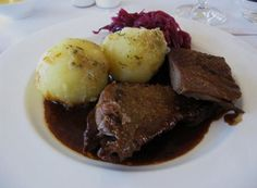 Lufthansa from Frankfurt to Tel Aviv - Traditional roast goose with red cabbage, potato dumplings and herb crumb butter.