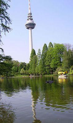 Luisenpark und Fernsehturm in Mannheim