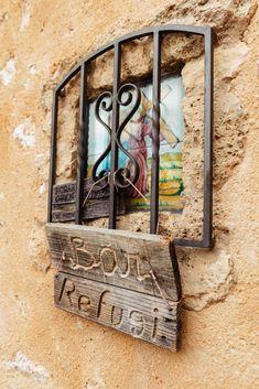 Winter-Wanderung zum Castell d'Alaró Frame, Home Decor, Small Bars, In Love, Island, Majorca, Homemade Home Decor, Interior Design, Frames