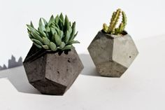 A perfect way to add an industrial concrete look to your home!  This is a handmade concrete planter/pot perfect for cacti or succulents. The concrete mixture has been poured into a hand made mold, set, washed and sealed.  Dimensions-  H 10 cm approximately.  Each planter has its unique set of flaws, such as concrete irregularities (colour variations and air bubbles) which are part of a hand made product and are not considered a fault but add to the beauty of each piece.  Planters are made to…
