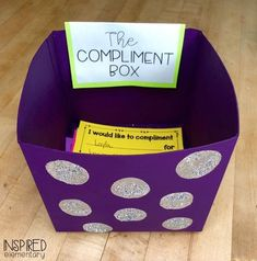The Compliment Box Inspired Elementary - Freebie! This is a must-have in the all classrooms. Year 2 Classroom, Ks2 Classroom, Classroom Activities, Future Classroom, Writing Activities, Classroom Organisation Primary, Highschool Classroom Decor, Mindful Classroom, Teacher Classroom Decorations