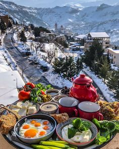 Romantic Breakfast, Morning Breakfast, Breakfast In Bed, Perfect Breakfast, Good Morning Everyone, Beautiful Places To Travel, Aesthetic Food, Staycation, Dream Vacations