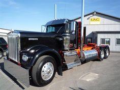 Cool Trucks, Big Trucks, Peterbilt 389, Custom Big Rigs, Diesel Cars, Semi Trucks, Vehicles, Badass, King