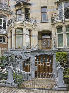 Belgian Art Nouveau @ AVENUE GÉNÉRAL DE GAULE 38-39 Ixelles district of Brussels. Architecte : Ernest Blérot