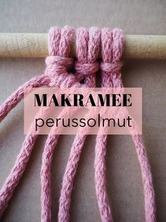 Diy And Crafts, Arts And Crafts, Macrame Wall Hanging Diy, Paracord Knots, Macrame Design, Crochet Cross, Macrame Projects, Macrame Tutorial, Diy Projects To Try