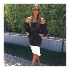 @acalyasamyelidanoglu melissa elbisemiz ile #melissa #dress #blackandwhite #turkishstar #acalyasamyelidanoglu #ofshoulder