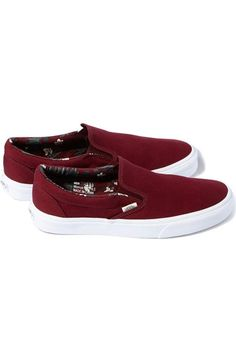 904f8c5766 14 Best maroon shoes outfit images