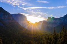Sunrise over Yosemite Valley [OC] [2048 x 1356] elundeen http://ift.tt/2xUEqqq October 20 2017 at 09:29AMon reddit.com/r/ EarthPorn