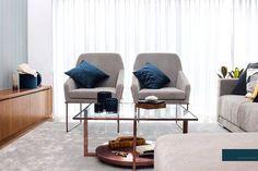 """Scandal by Design no Instagram: """"Famalicão Home Decor Um super sofá, cadeirões delicados e uma mesa de centro desenhada propositadamente Para esta casa fazem da zona de TV…"""" Scandal, Lounge, Chair, Tv, Table, Furniture, Instagram, Design, Home Decor"""