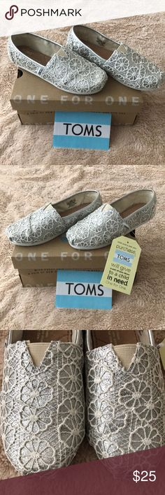 Toms Youth shoes Tons Classic Silver Crochet Glitter shoes. NEW--IN BOX. Size 13 youth Toms Shoes