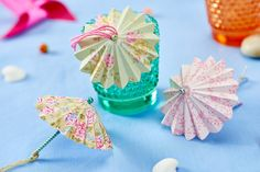 Make mini paper parasols for a summer party (PaperCrafter issue 84)