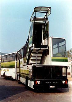 Az Ikarus óriási rajongótábora van világszerte, ami nem is csoda Onibus Marcopolo, Retro Bus, Luxury Bus, New Bus, Bus Coach, London Bus, London Transport, Busses, Commercial Vehicle