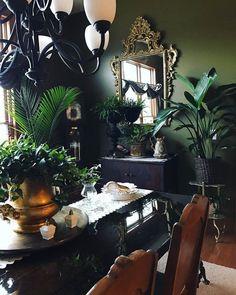 Living Room Decor, Bedroom Decor, Dark Home Decor, Casa Loft, Goth Home, Dark Interiors, Green Rooms, Home And Deco, New Blue