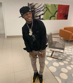 Dope Outfits For Guys, Swag Outfits Men, Casual Outfits, Men Casual, Black Couples Goals, Cute Couples, Dark Skin Boys, Cute Black Guys, Instagram Outfits