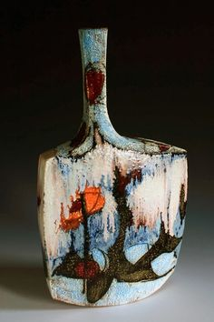 Beautiful ceramic works by Michelle Mendlowitz.