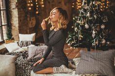 Amilu dress Lana Christmas Photo Cards, Christmas Photos, Christmas Mini Sessions, Christmas Minis, Christmas Photography, Love Photography, Photoshoot Concept, New Year Photos, Boudoir Poses