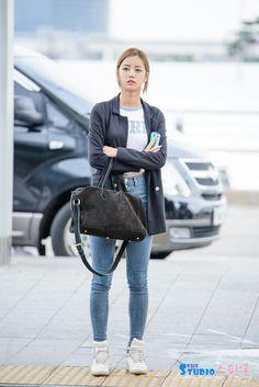 Girl's Day HyeRi @ Airport