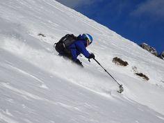 Shredding powder snow at Le Brevent, Chamonix Mont Blanc Snowboarding, Skiing, Chamonix Mont Blanc, Winter Running, Ski Chalet, Boarders, Cosy, Dance Floors, Ski