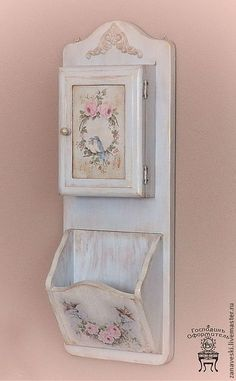Vintage Shabby Chic, Shabby Chic Decor, Vintage Decor, Decoupage Art, Decoupage Vintage, Arts And Crafts House, Diy And Crafts, Painted Furniture, Diy Furniture