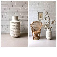 Ein persönlicher Favorit aus meinem Etsy-Shop https://www.etsy.com/de/listing/510429486/vintage-bodenvase-xl-jasba-vase-weiss