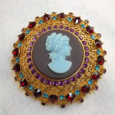 Joan Rivers Cameo Brooch by AntiqueAli on Etsy