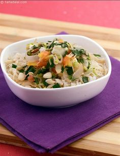 Coconut, Tofu and Bean Sprouts Rice Noodles recipe, Thai Recipes Easy Pasta Salad, Pasta Salad Recipes, Indian Food Recipes, Whole Food Recipes, Thai Recipes, Coconut Rice, Coconut Cream, Healthy Foods To Eat, Healthy Recipes