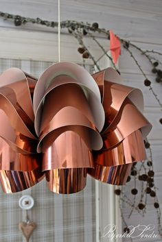 Bjørkli Søndre: En stor overraskelse! Ceiling Lights, Lighting, Home Decor, Decoration Home, Room Decor, Lights, Outdoor Ceiling Lights, Home Interior Design, Lightning