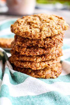 Kanelhavrekakor Sweet Cookies, How To Make Bread, Macaroons, Afternoon Tea, Cake Pops, Breakfast Recipes, Biscuits, Good Food, Food And Drink