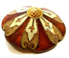 Antique enamel button. Buttons r' Beautiful @ https://www.pinterest.com/unique19111/buttons-r-beautiful/