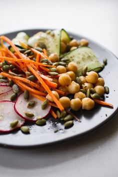 a simple no-lettuce salad   edibleperspective.com #vegan #glutenfree