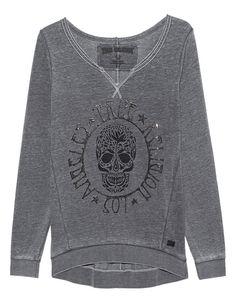 """Sweatshirt mit Print Grau-schwarzes Sweatshirt im Burnout-Finish aus einer super soften und luftigen Baumwollmischung im lässigen Schnitt mit weitem Rundhalsausschnitt, Dreiecks-Naht-Detail, teilweise offenem Saum sowie einem coolen """"Skull""""-Print und Aufschrift mit Strasssteinbesatz vorn.  Ein unverzichtbares Key-Piece für rockige Looks!"""