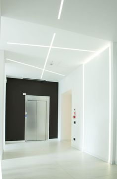 HISTORIC OFFICE BUILDING MONZA By PANZERI