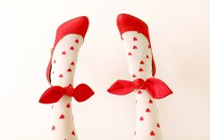 hearts + bows fancy stockings with cute red shoes, feminine style fashion Tie Shoes, Sock Shoes, Shoes Heels, Lizzie Hearts, Red Hearts, Party Fiesta, Red Bow Tie, Bow Ties, Be My Valentine