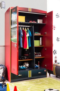 Seven (7) Multi-use shelf areas