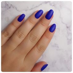 🦋 𝔹𝕝𝕦𝕖 𝕄𝕠𝕟𝕕𝕒𝕪𝕤 🦋 Love this bold blue nail colour on my client. Make sure you stand out this week!  #mondayblues #bluenails #bebold #summernails #nailssummer #nailinspo #shellacmanicure #shellacnails  #cndnails #mobilenailtechnician #mobilebeautician #mobilebeauticians