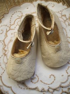 ❥ antique baby shoes...I have my mom's baby shoes to display in a nursery