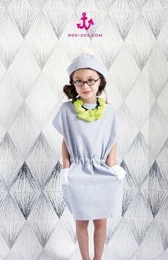 super leuke jurk met een boothals.. Volgens mij niet zo moeilijk om zelf te maken.