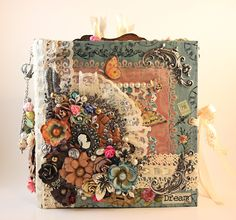 Shabby Chic Mini Album with a Victorian Vintage Twist