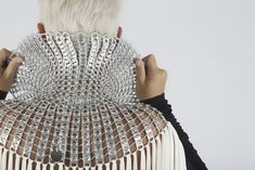 Le borse di Dalaleo, eco e glam Recyle, Pop Tabs, Slow Fashion, Showroom, Crochet, Crafts, Futuristic, Dresses, Diy