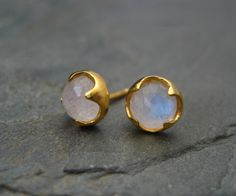 Moonstone studs, rainbow moonstone, rose cut studs, blue flash posts, white gemstone, iridescent posts, gold studs, thorn posts by ElfiRoose on Etsy https://www.etsy.com/listing/196801163/moonstone-studs-rainbow-moonstone-rose